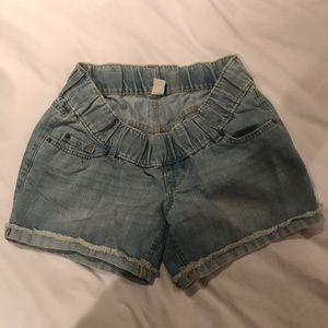 Old navy maternity jean denim shorts size 4
